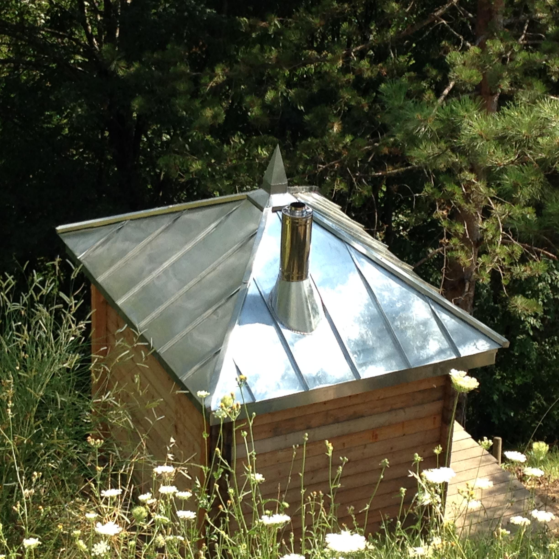 artizinc corenc 38700 charpente et couverture en zinc d un sauna 2015 artizinc. Black Bedroom Furniture Sets. Home Design Ideas